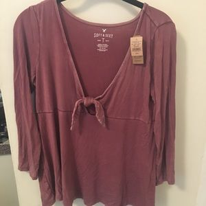 Soft & Sexy American eagle tied shirt